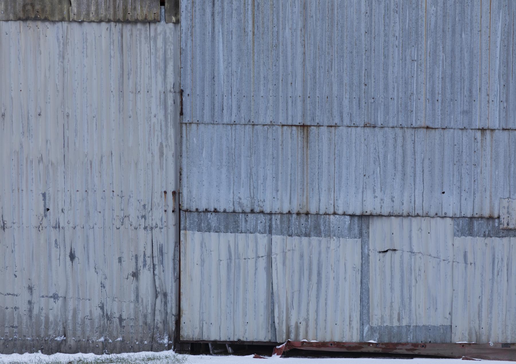 teollisuushallin_seinä_Kantola